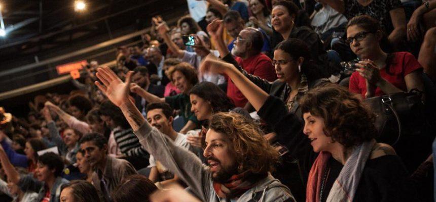 FBP realiza plenária de resistência ao golpe em Brasília
