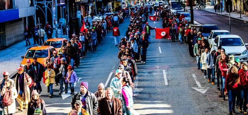 Movimentos do campo mobilizam 15 estados em defesa da democracia e contra Governo Temer
