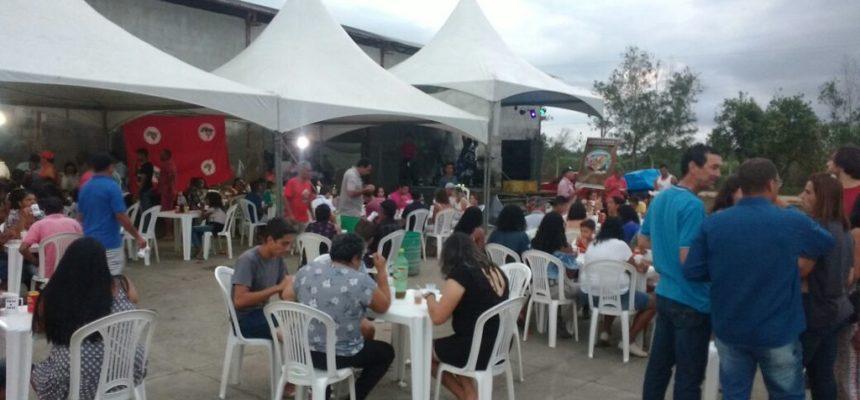 Trabalhadores comemoram cinco anos da COOPTERRA no Espírito Santo