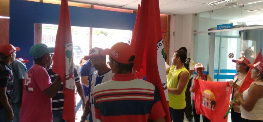 Contra o golpe, Sem Terra realizam atos em diversos municípios de Alagoas