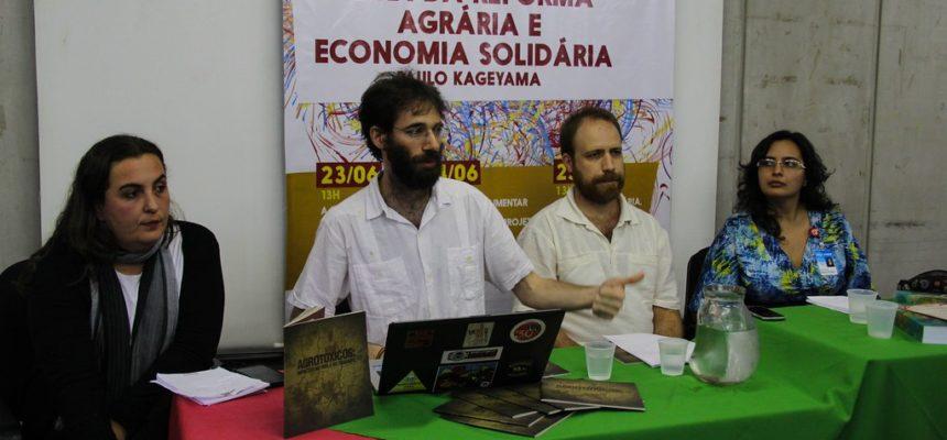 MST discute soberania alimentar no Festival da Utopia