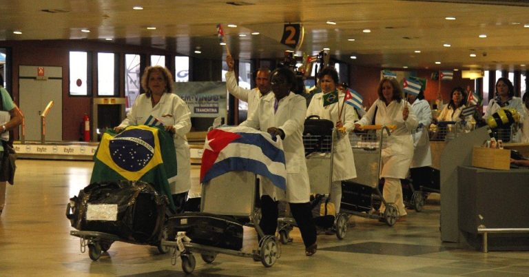 Médicos cubanos são homenageados no Ceará