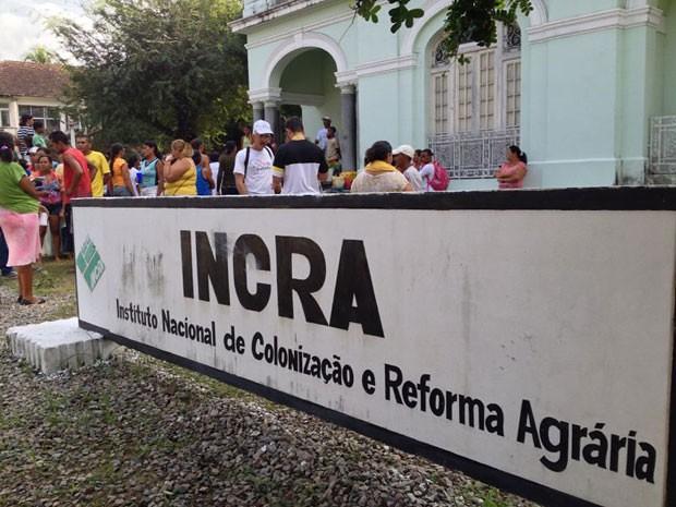 MST repudia exoneração da superintendente do INCRA-RJ