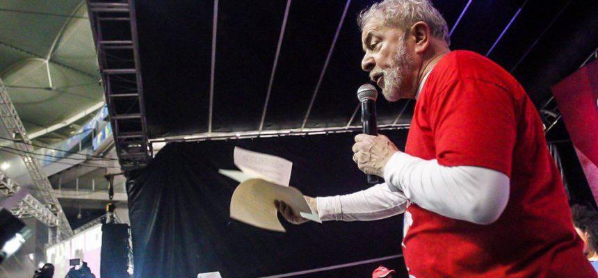 """""""Não permitiremos a prisão de Lula"""", afirma Alexandre Conceição do MST"""