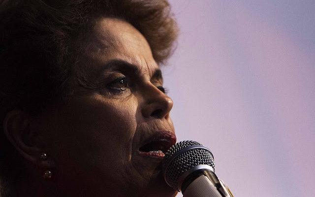 Programa de Temer jamais teria sido eleito nas urnas, afirma Dilma