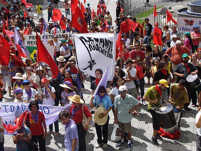 Juventude Sem Terra realiza mobilização em diversos municípios