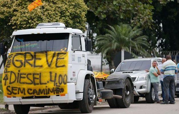 Frente Brasil Popular declara apoio à Greve dos Caminhoneiros