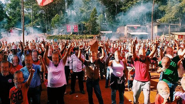 Festa no acampamento Dom Tomás Balduíno comemora 3 anos de resistência no Paraná