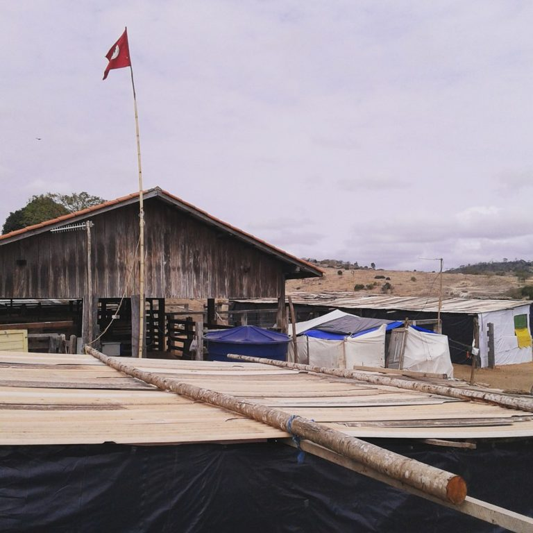 Acampamento sofre ameaça de despejo iminente em Ecoporanga-ES