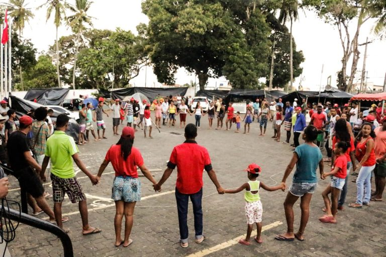 Atividades culturais movimentam acampamento do MST no Incra em Salvador