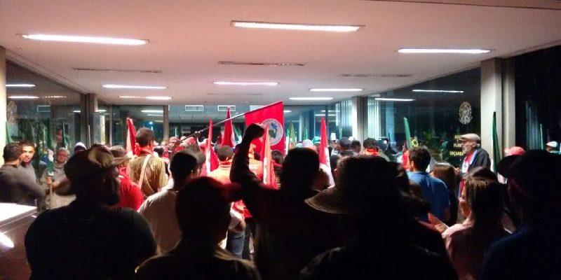 Organizações do campo ocupam Ministério do Planejamento durante Jornada Unitária