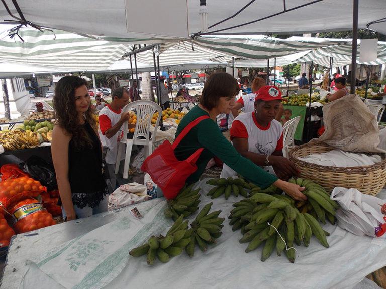 a Feira Estadual da Reforma Agrária