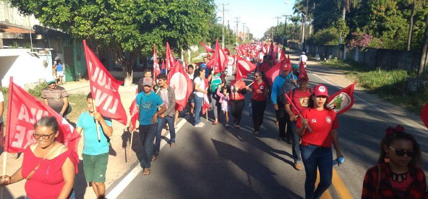 No Ceará, MST realiza marcha por Democracia e Lula Livre