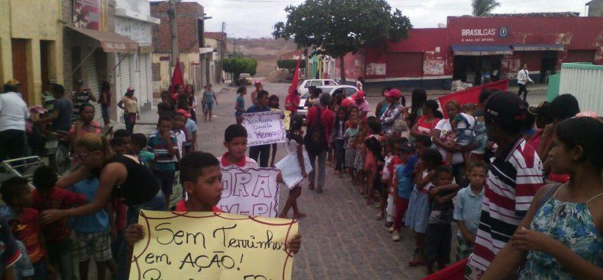 Com luta e brincadeiras Sem Terrinha iniciam jornada em Alagoas