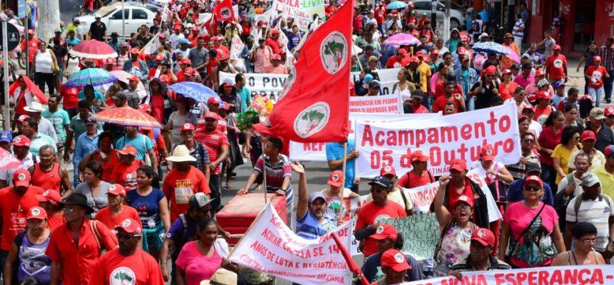 Durante Jornada de Lutas, Marcha reúne mais de 10 mil pessoas em Aracaju
