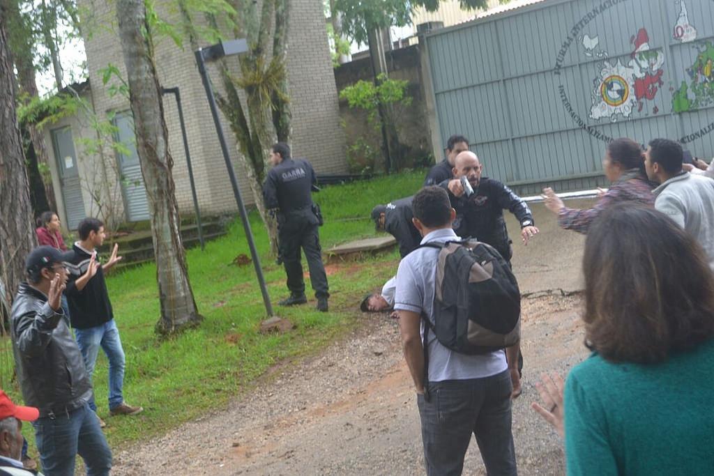 Ação da polícia civil na Escola Florestan Fernandes. Foto acervo MST.jpg