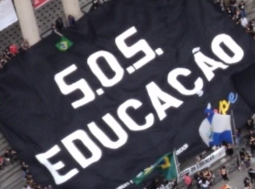 Lutar por educação é um direito!