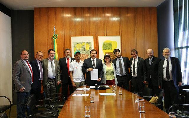 Entidades apresentam projeto de lei para reduzir uso de agrotóxicos
