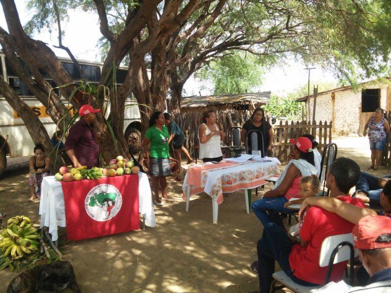 Famílias acampadas há 10 anos renovam as esperanças com legitimação de área