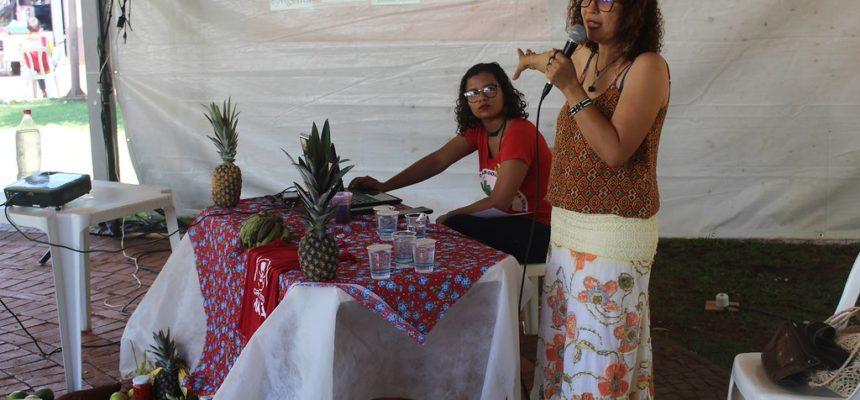 Mulheres do campo e da cidade debatem soberania alimentar na 2º Feira da Reforma Agrária do MS