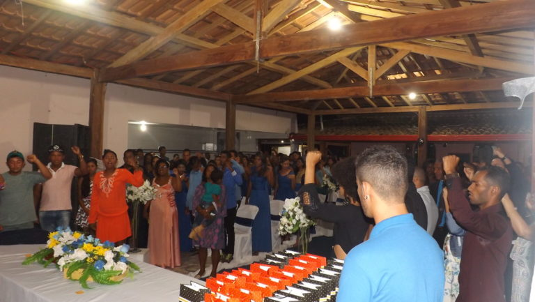 Jovens Sem Terra se formam no extremo sul da Bahia