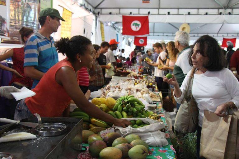 Feira Cicero Guedes comercializa cerca de 180 toneladas de alimentos