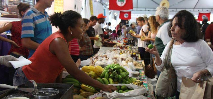 Superando expectativas, Feira Cicero Guedes comercializa cerca de 180 toneladas de alimentos