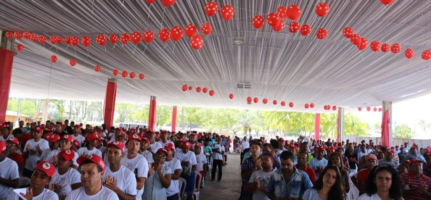Sem Terra encerram Encontro Estadual na Bahia