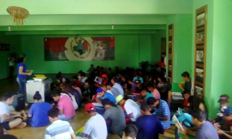 Nova turma de técnicos em cooperativismo prepara jovens para a organização dos assentamentos