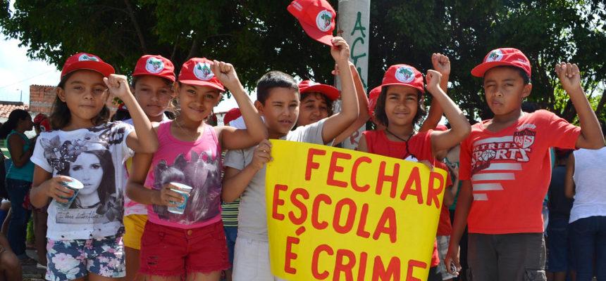 Na Bahia, MST lança campanha pelo direito de estudar e viver no campo