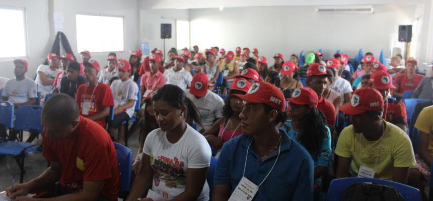 Em Alagoas, Juventude Sem Terra realiza preparação para mutirão de trabalho de base