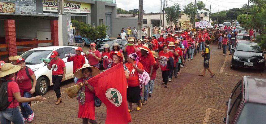 Em Jornada de Lutas, Sem Terra mobilizam-se no Paraná