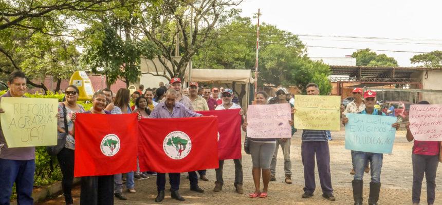Acampamento em São Paulo realiza ato em busca de justiça