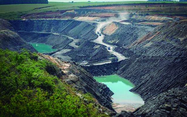 A ameaça do carvão: Quatro milhões de gaúchos sob risco
