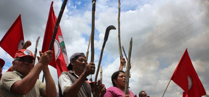 Famílias Sem Terra recebem nova ameaça de despejo em Atalaia