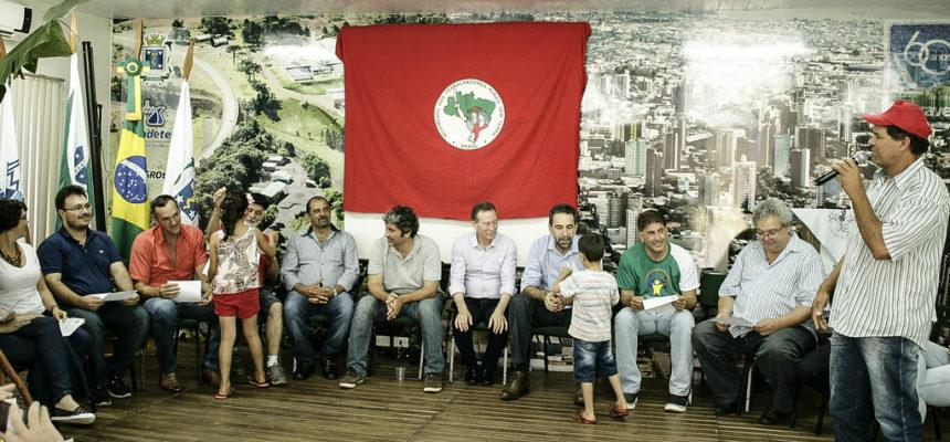 Ato político encerra encontro da região oeste no Paraná