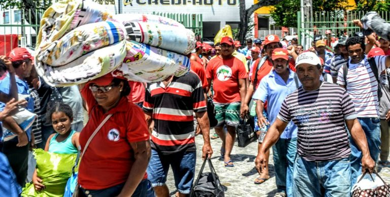 Sem Terra ocupam Superintendência do Incra em Sergipe