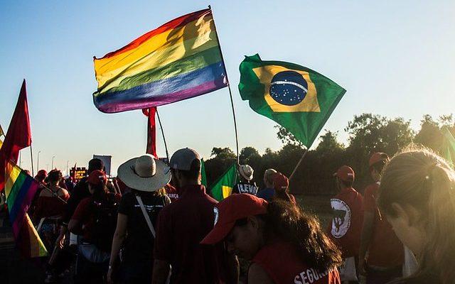 Movimentos populares lançam manifesto contra a LGBTfobia