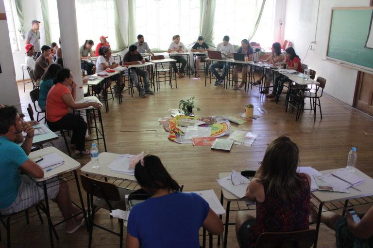 Educadores discutem o rumo das escolas no campo no Rio Grande do Sul