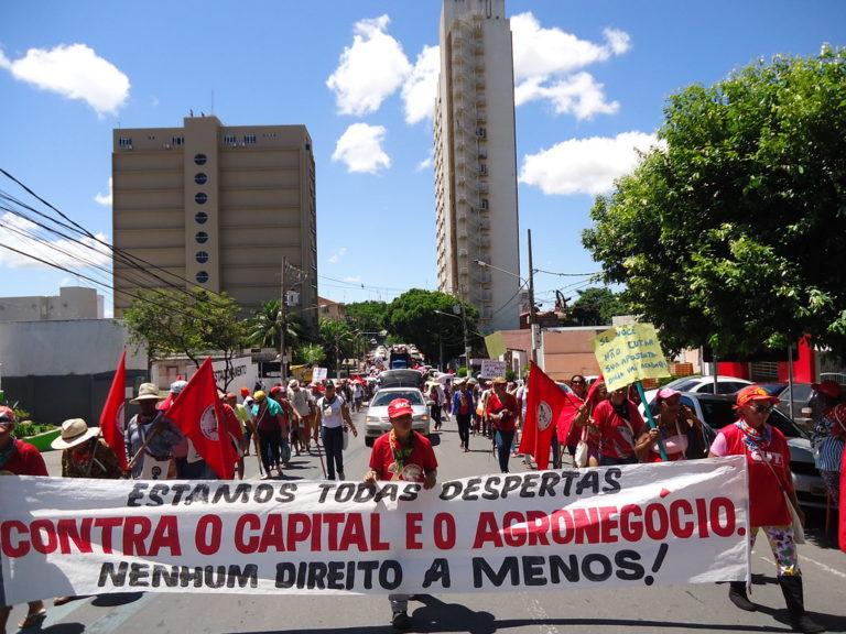 mulheres protagonizam Jornada de Lutas em Cuiabá