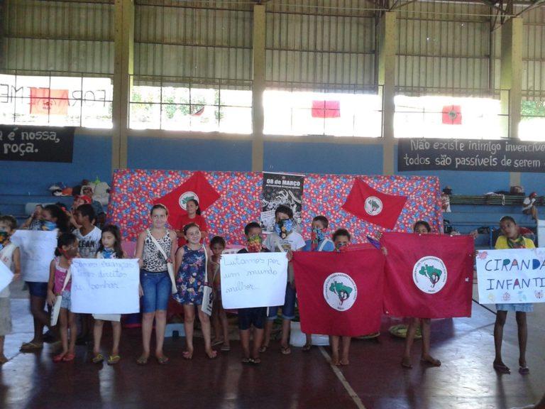 Crianças integram Jornada de Lutas das Mulheres no Mato Grosso