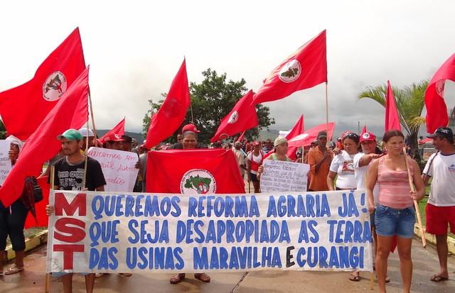 Famílias Sem Terra sofrem com ameaça de despejo em Pernambuco