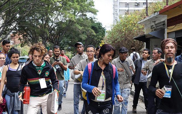 Participantes da Assembleia dos Povos relatam suas impressões da crise na Venezuela