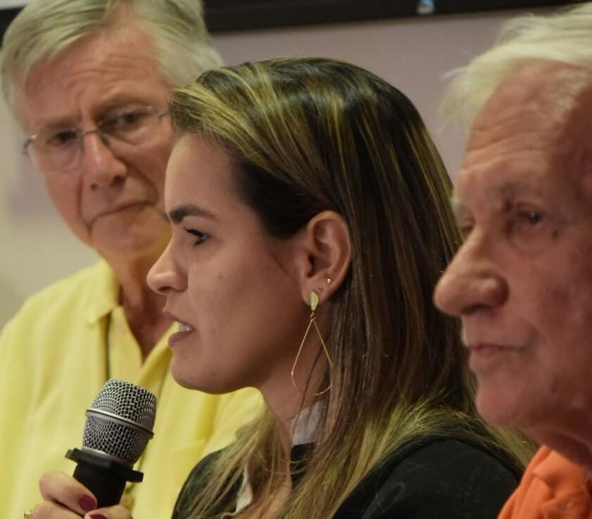 A advogada Divanilce Andrade relata a violência pelo Estado na responsabilização do assassinato à sua mae, Nicinha. Foto Márcio Marquez. Assessoria deputado federal João Daniel.jpg