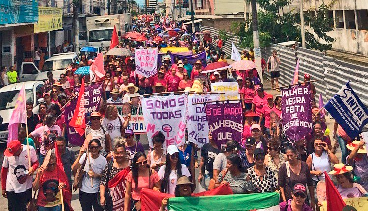 Mil camponesas participam de Ato Unitário do 8 de março em Maceió