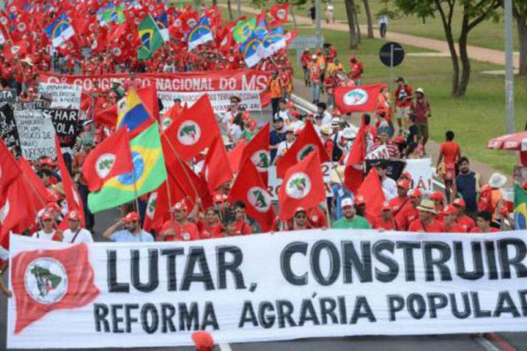 Governo Bolsonaro volta a suspender a reforma agrária no país