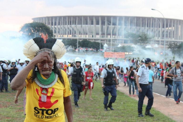 Povos indígenas ameaçados: a violência do Estado e dos grupos econômicos