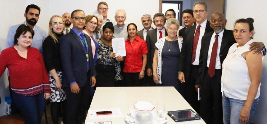 Frente Parlamentar Mista com Participação Popular faz carta à CNBB contra pacote anti-crime