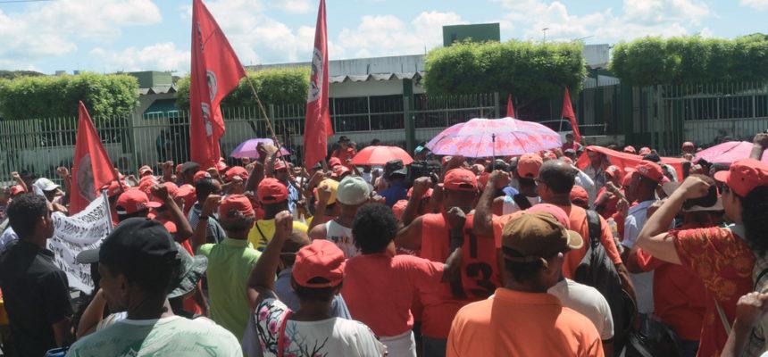 Em Sergipe, trabalhadores Sem Terra realizam ato em frente ao Incra