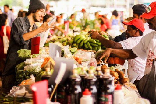 diálogo e poesia marcam lançamento da Feira da Reforma Agrária nesta quinta